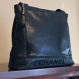 Authentic vintage Chanel purse.